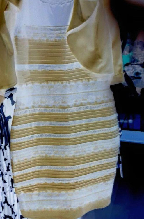 Платье черно синее википедия