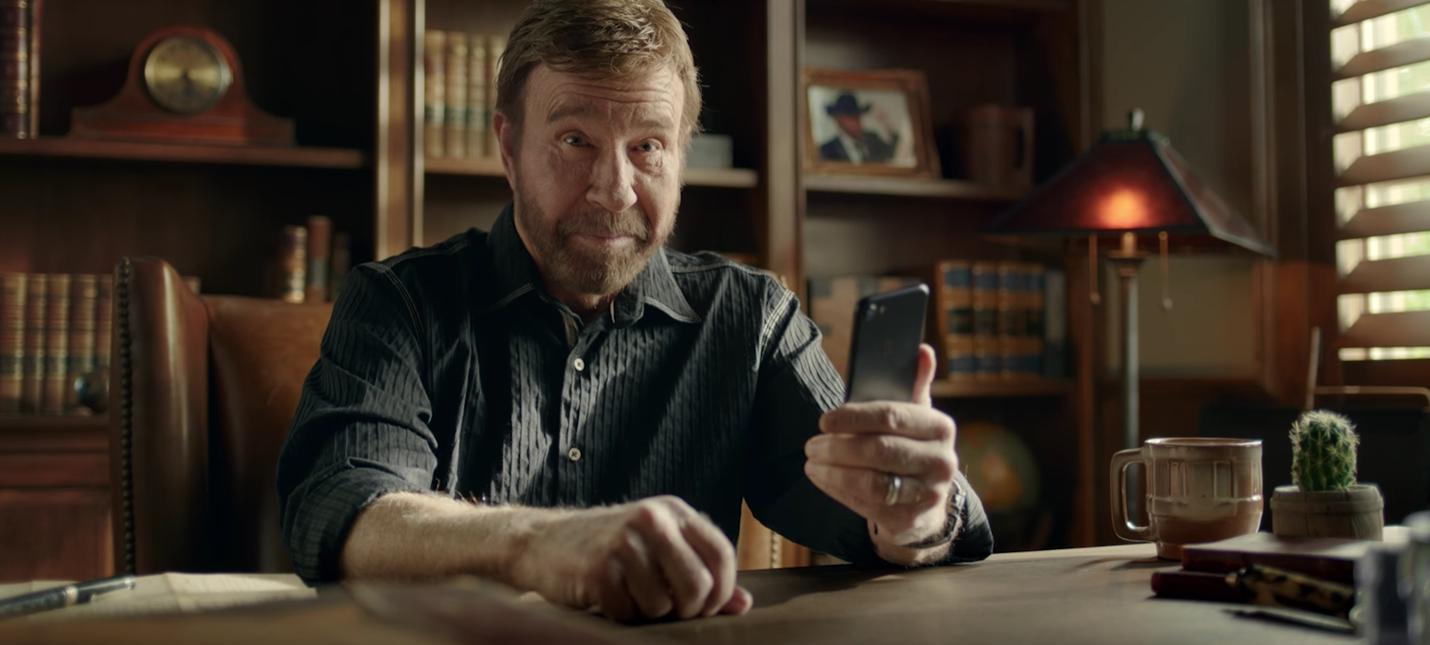 Чак Норрис анонсировал свою мобильную игру — потому что может