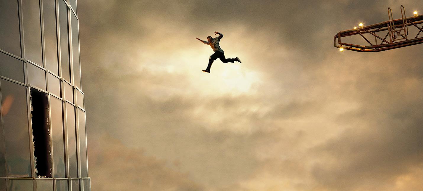 """Science, bitch: Скала не долетит до окна на постере """"Небоскреба"""""""