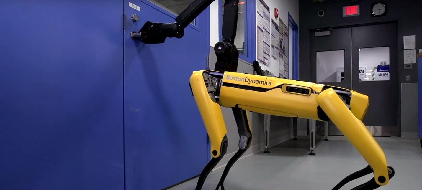 Вы не спрячетесь от роботов Boston Dynamics за дверью