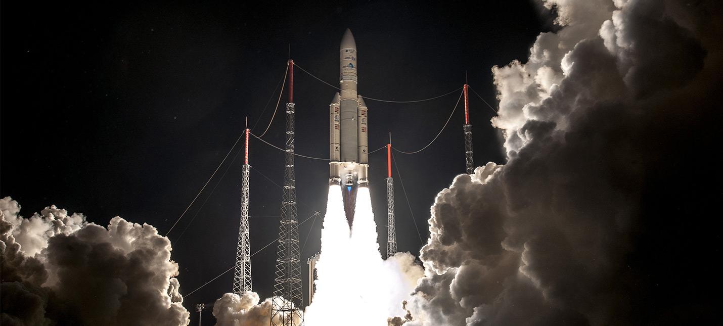 Два космических запуска за час: SpaceX и Arianespace