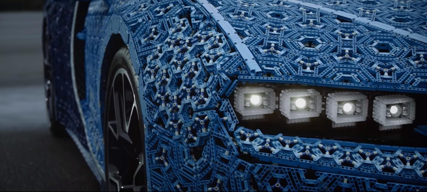 Из LEGO собрали Bugatti Chiron реальных размеров