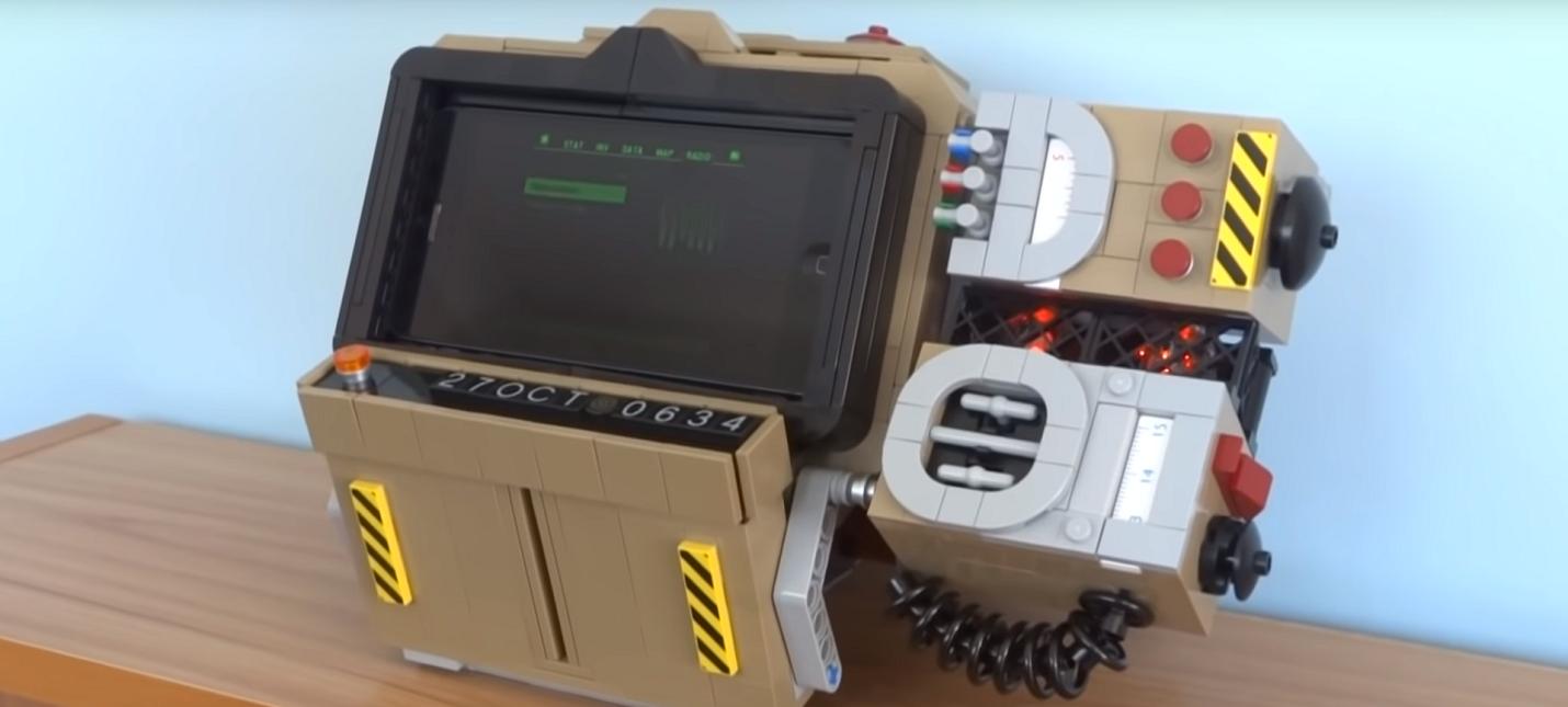Фанат собрал рабочий Pip-Boy 2000 из LEGO