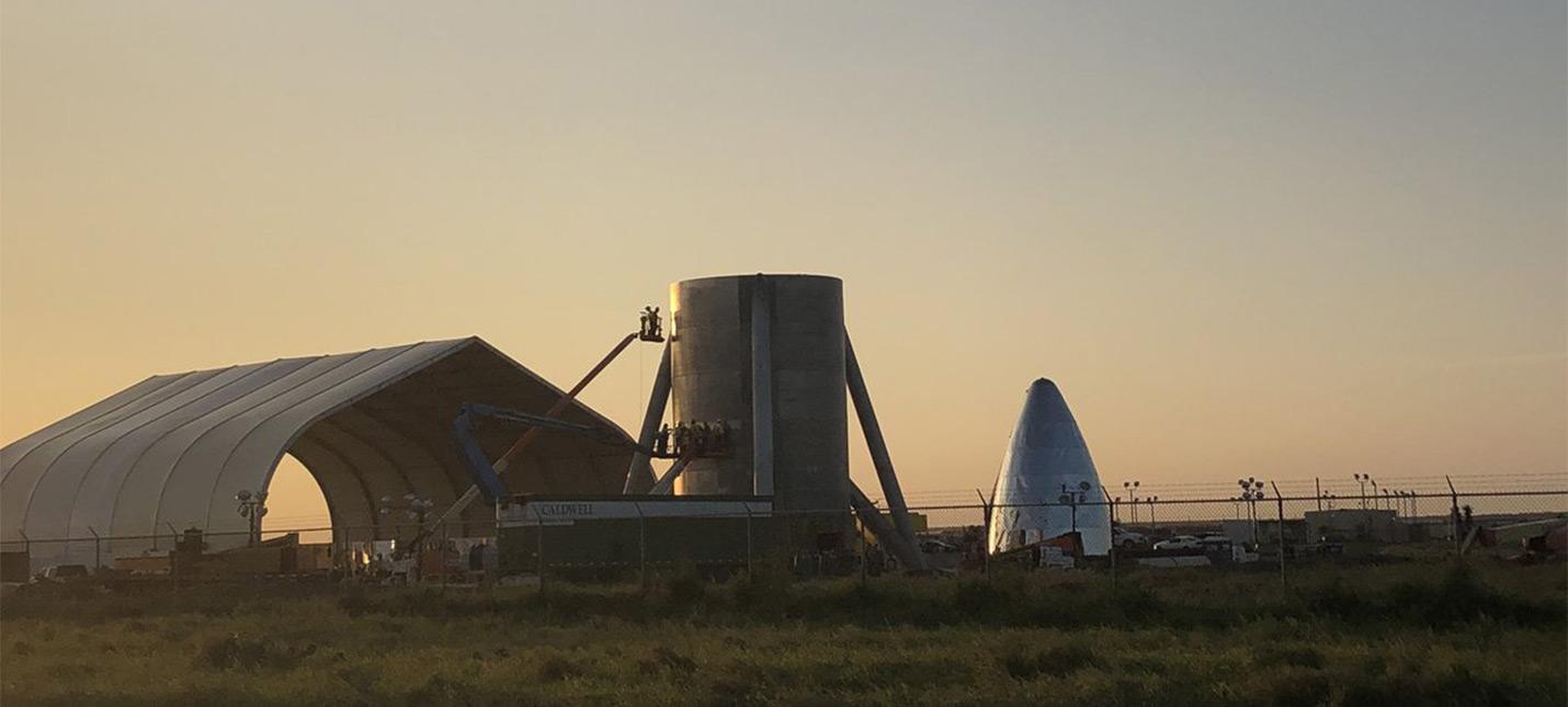 Новые фотографии со стройки нового космического корабля SpaceX
