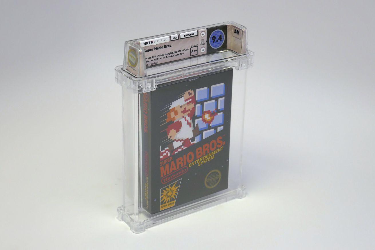 Оригинальный картридж с Super Mario Bros. был продан за 100 тысяч долларов