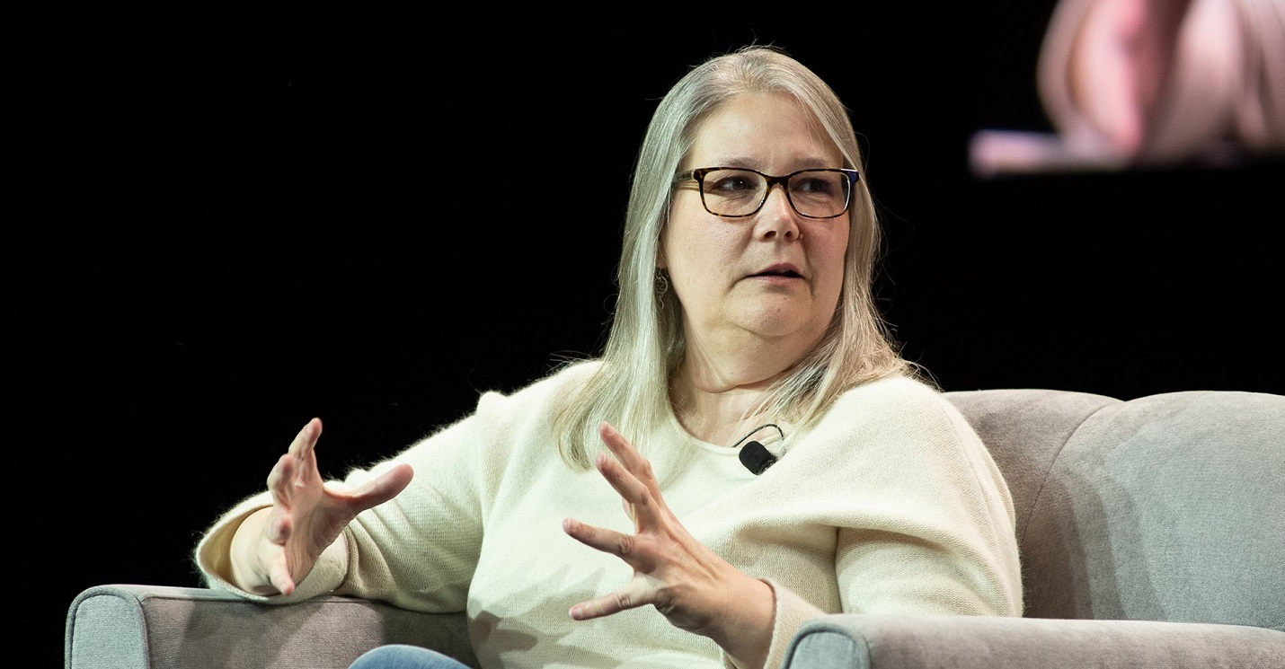 Эми Хенниг: Большие команды разработчиков игр — это проблема