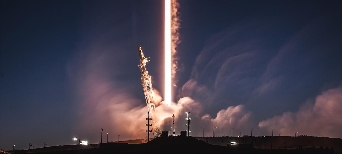 Прямой эфир с запуска 60 интернет-спутников SpaceX