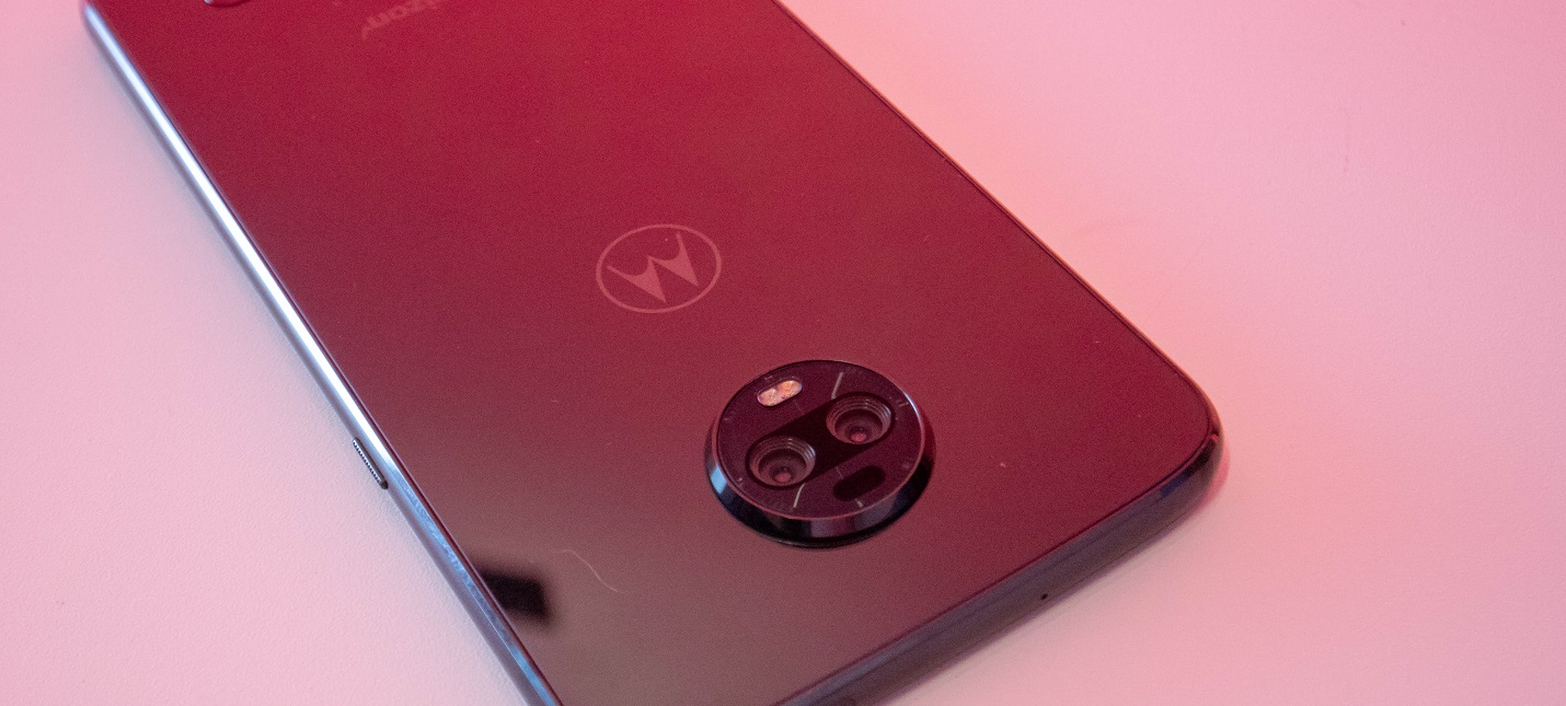 Amazon продал кому-то Moto Z4 до официального анонса смартфона