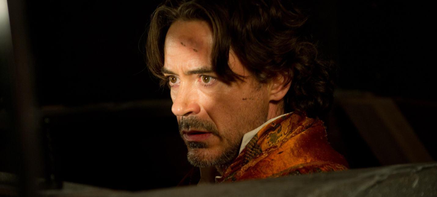 """СМИ: Триквел """"Шерлока Холмса"""" снимет режиссер """"Рокетмена"""""""