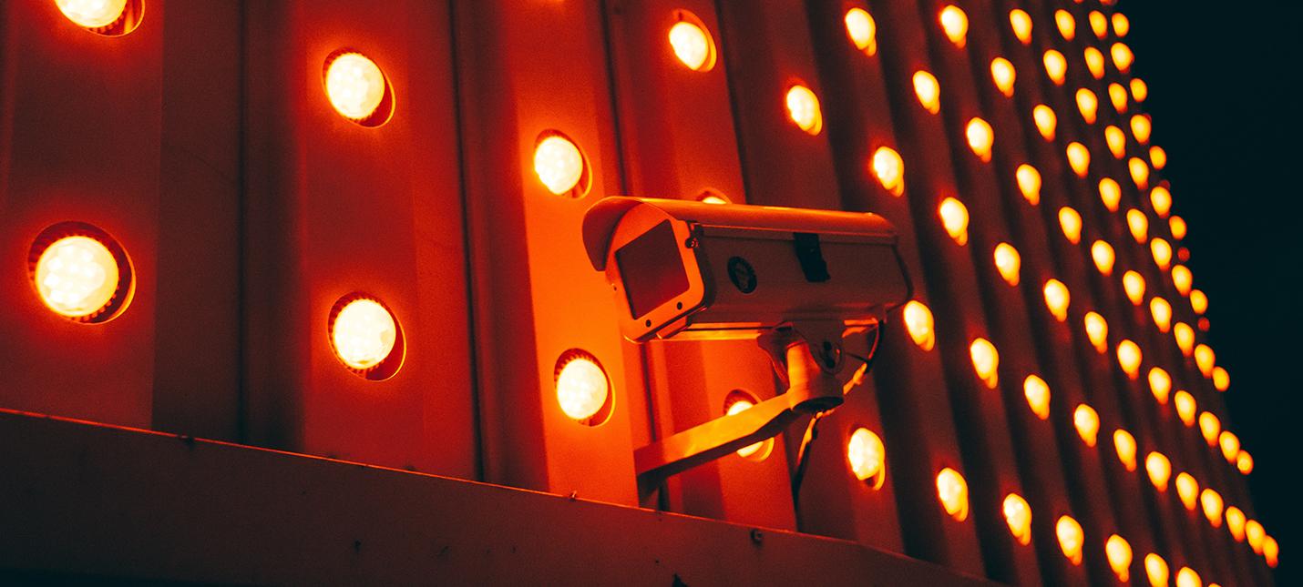 Американский техник приговорен к пожизненному сроку за размещение скрытых камер в домах и съемку несовершеннолетних девочек