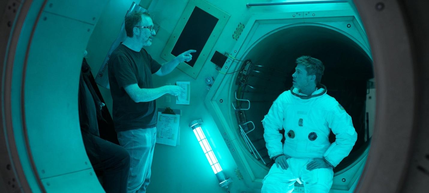 """Режиссер """"К звездам"""" """"нарушил"""" один из законов физики в космосе из-за актёрской игры Брэда Питта"""