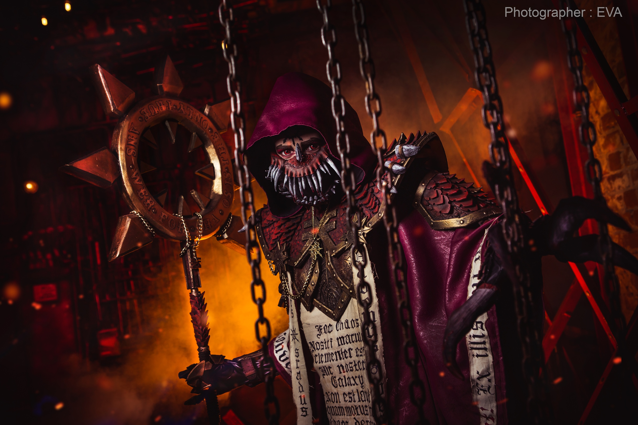 Пятничный косплей: Зена, Warhammer 40000 и Diablo