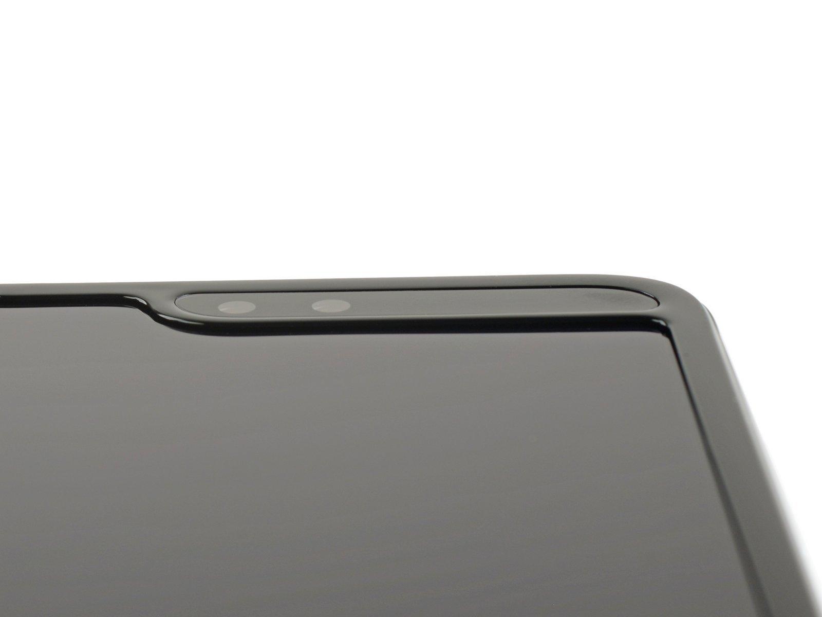 В iFixit повторно разобрали Galaxy Fold — сильно лучше не стало