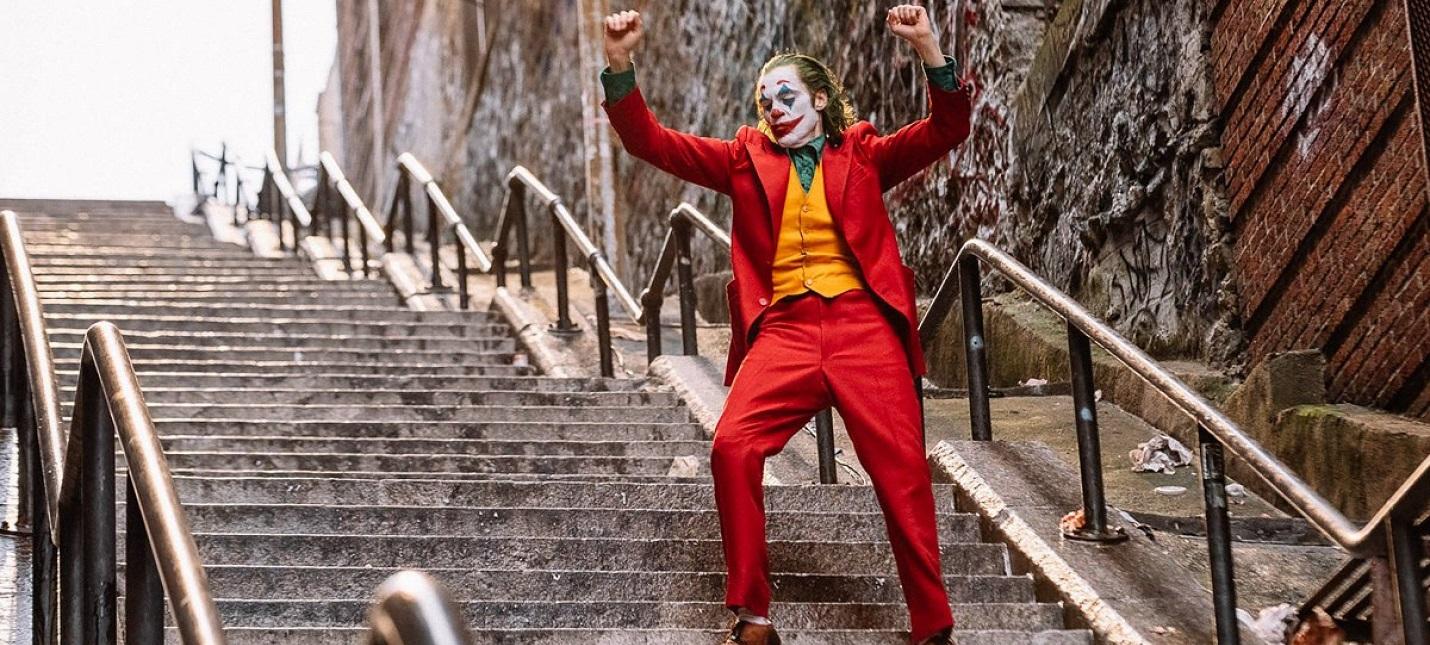 """Лестницу из """"Джокера"""" назвали в честь персонажа — теперь это туристическое место"""
