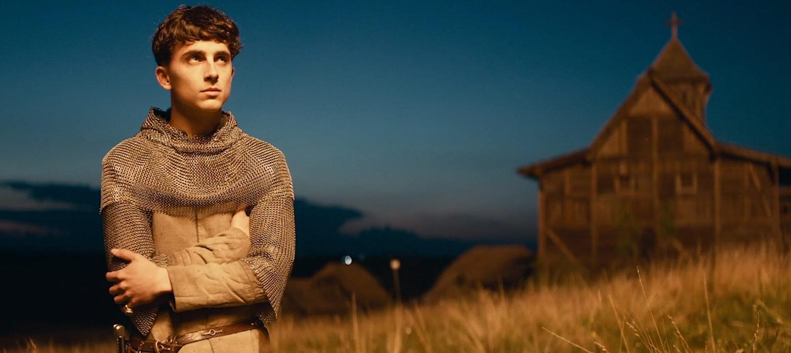 Кровь на траве: Рецензия на фильм «Король» от Netflix