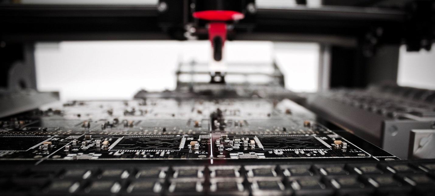 Ученые MIT создали робота, который провел 100 тысяч экспериментов за год