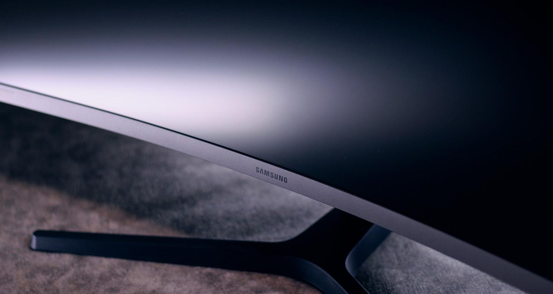 Гейминг на 240 Гц — обзор игрового монитора Samsung CRG5