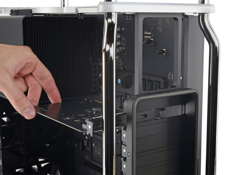 iFixit: Новый Mac Pro ремонтопригоден на 9 баллов из 10 благодаря модульной системе