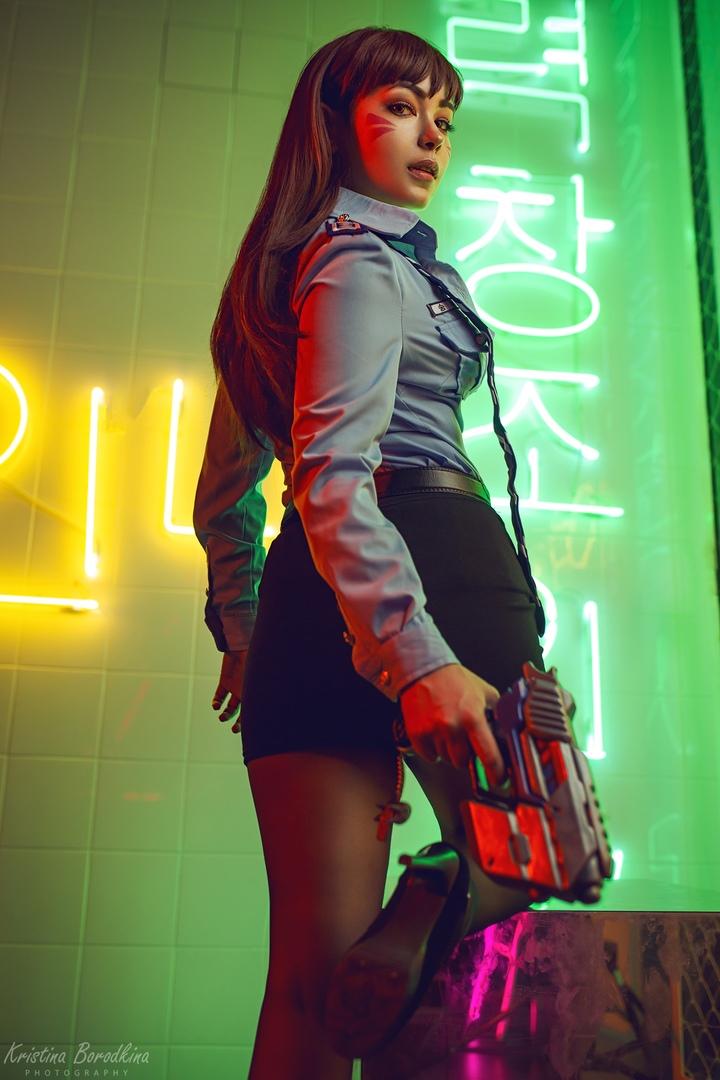 Пятничный косплей: королева Мера, D.Va — офицер полиции и андроиды из NieR: Automata
