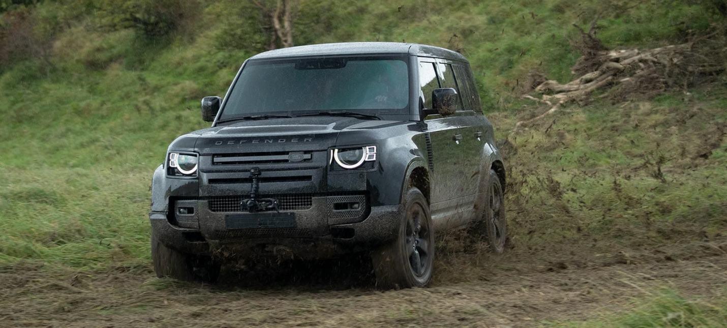 """Погоня из """"Не время умирать"""" в рекламе внедорожника Land Rover Defender"""