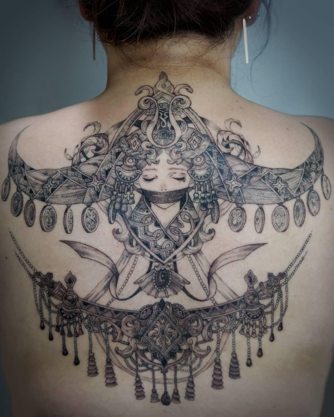 Художница ушла из игровой индустрии, чтобы набивать эпичные татуировки