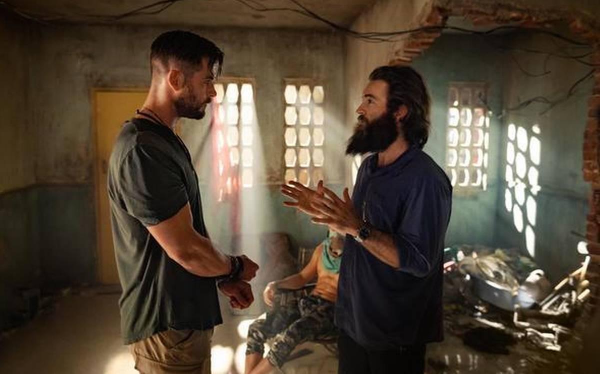 """Контактная доставка: Рецензия на боевик """"Операция по спасению"""" от Netflix"""