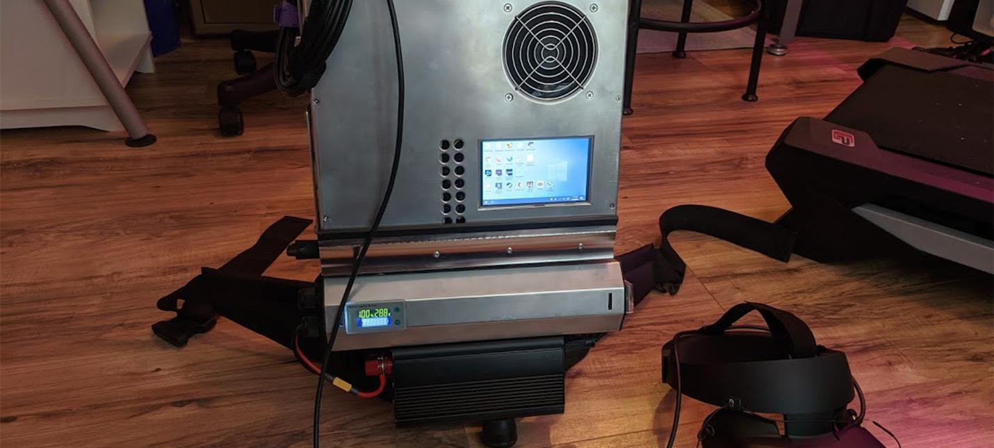 Геймер создал стильный компьютер-рюкзак для беспроводных VR-погружений