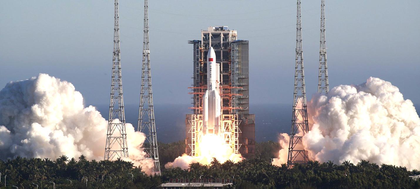 Китайский пилотируемый космический аппарат совершил успешный испытательный полет