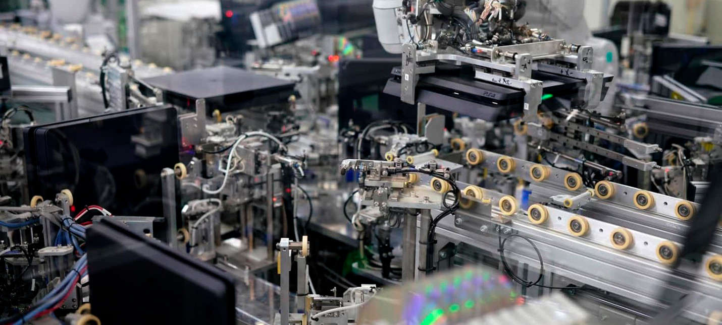 Японская фабрика Sony может выпускать по консоли PlayStation каждые 30 секунд