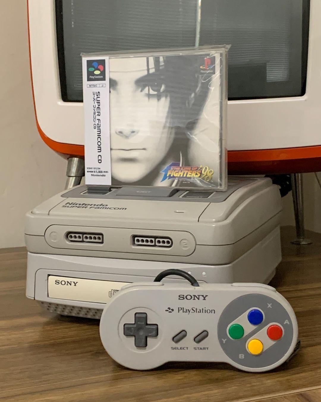 Энтузиаст создал гибрид SNES и PS1
