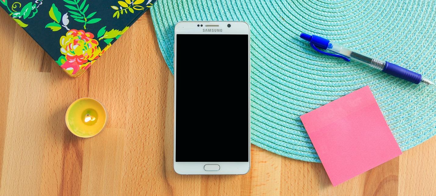 СМИ: Комплекты некоторых смартфонов Samsung в 2021 году лишатся зарядки