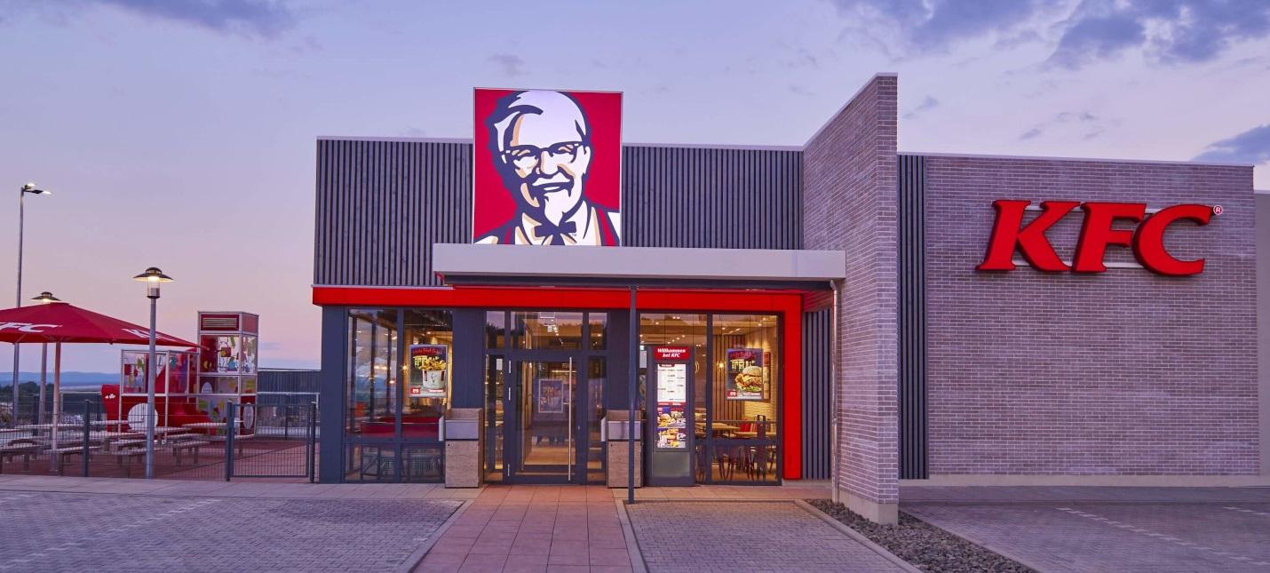 KFC разрабатывает технологию печати куриного мяса на 3D-принтере вместе с российской компанией