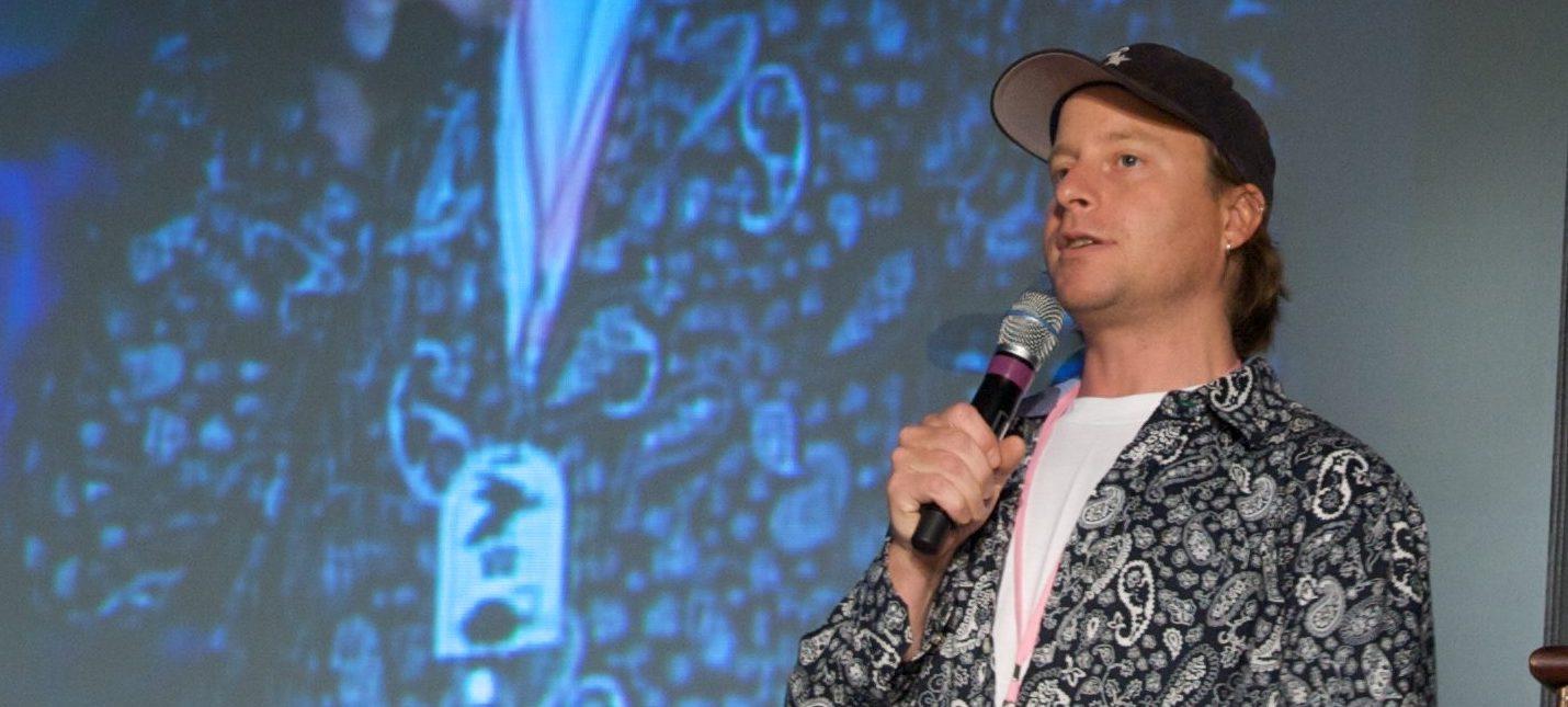 Сценарист Лазло Джонс покинул Rockstar после 19 лет работы