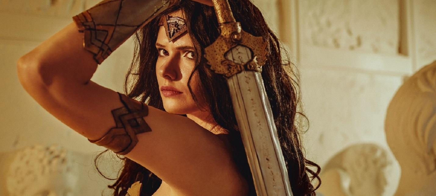 Пятничный косплей Веном и Карнаж, Warhammer 40000 и Чудо-женщина