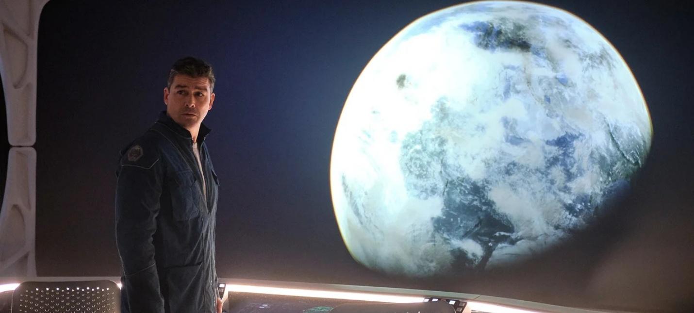 """Космодрама """"Полуночное небо"""" с Джорджем Клуни выйдет 23 декабря на Netflix"""