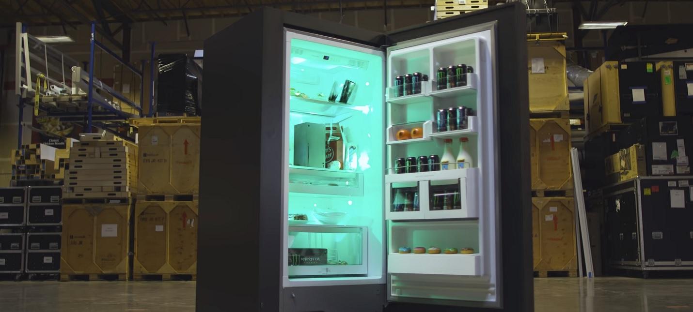 Microsoft официально представила холодильник Xbox Series X Fridge