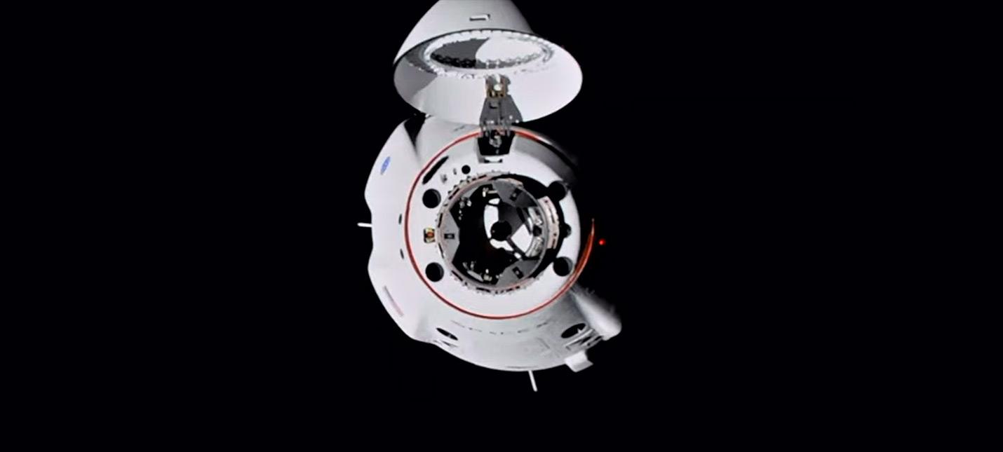 Корабль SpaceX Crew Dragon с 4 астронавтами пристыковался к МКС