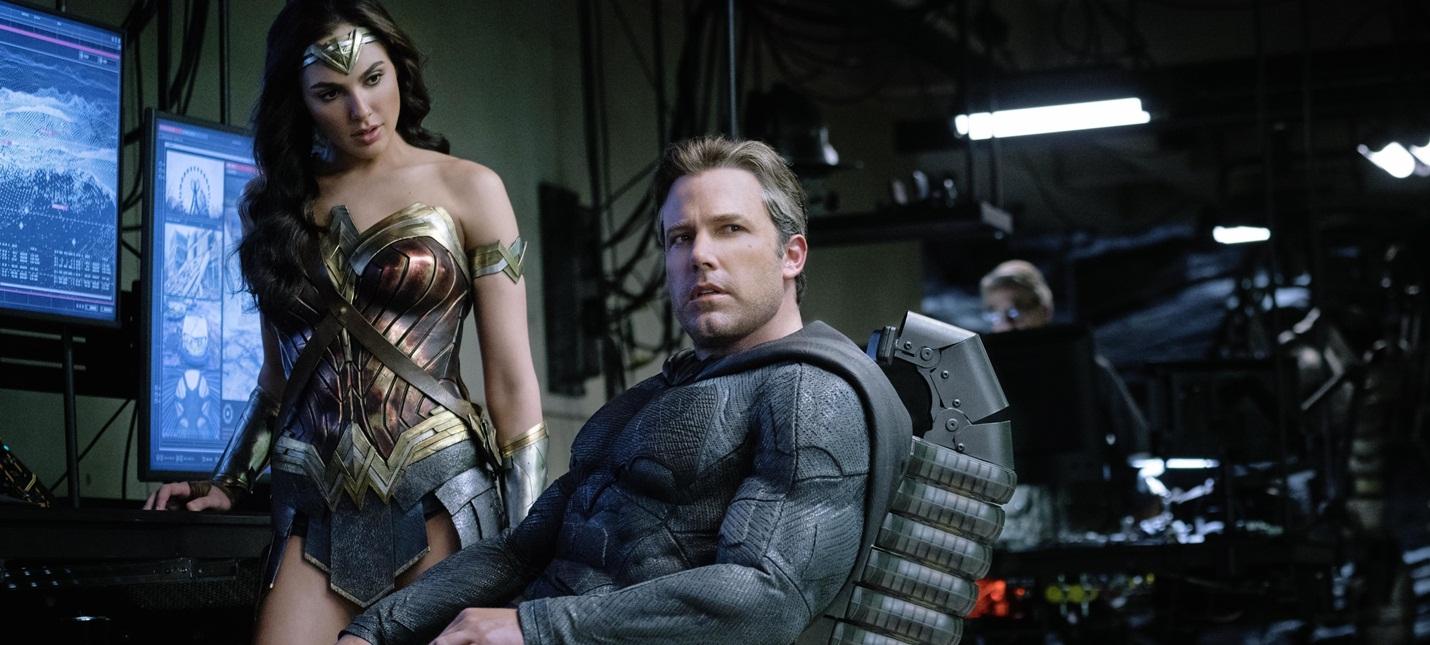 Зак Снайдер работает над IMAX-ремастером Бэтмена против Супермена