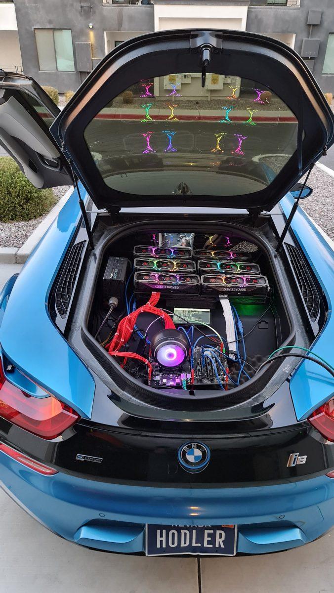 Майнер сделал ферму из шести RTX 3080 в багажнике своего BMW, чтобы досадить игрокам