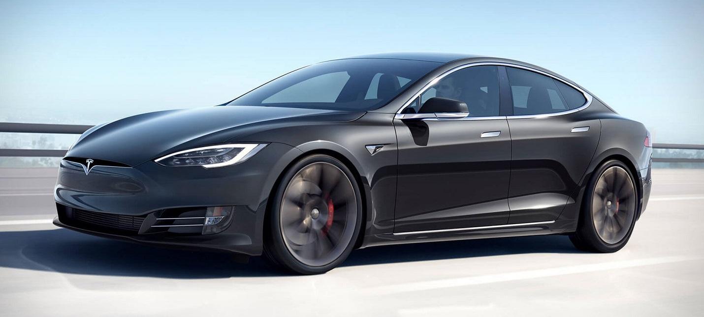 На приборной панели Tesla Model S можно будет сыграть в Cyberpunk 2077