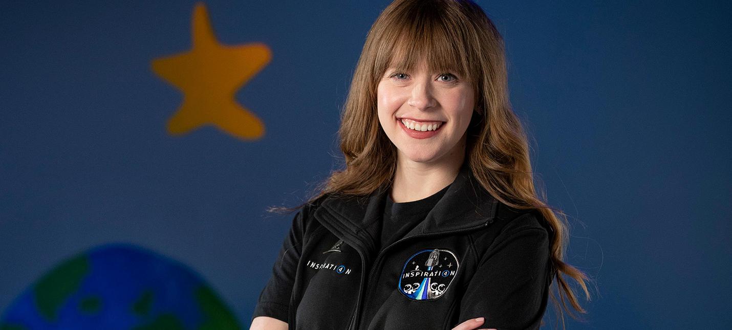 На борту первого коммерческого запуска SpaceX будет 29-летняя американка
