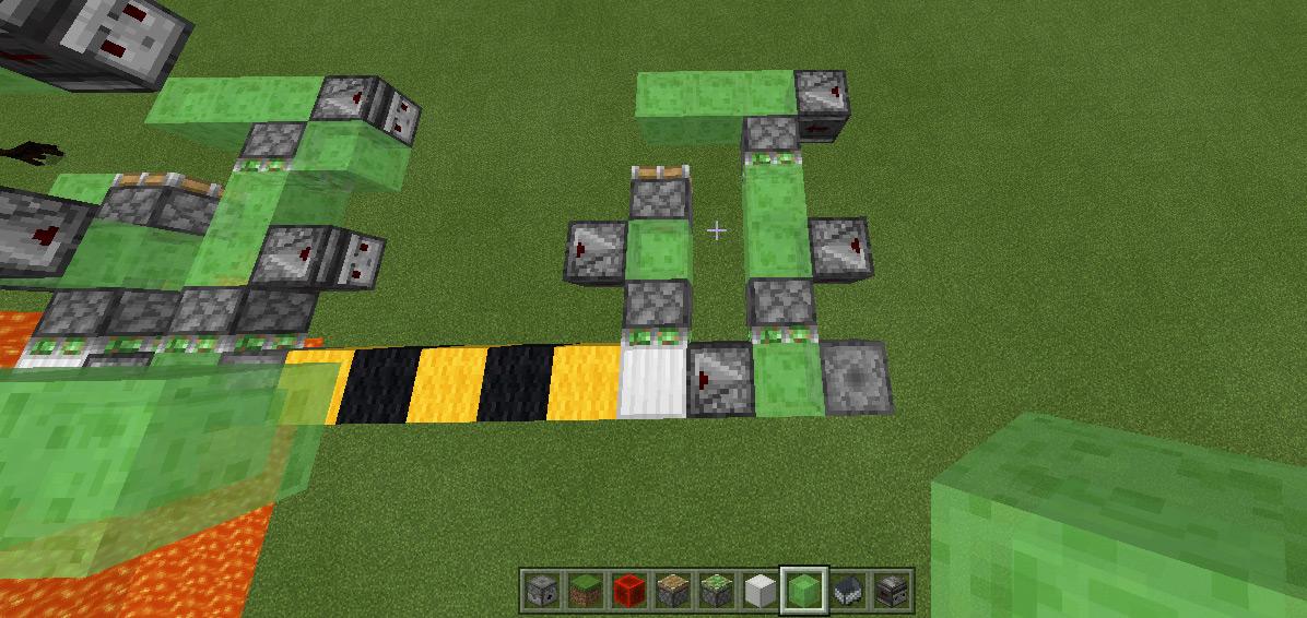 Игрок Minecraft изобрел летающий лава-укладчик для создания мегаструктур или разрушения мира