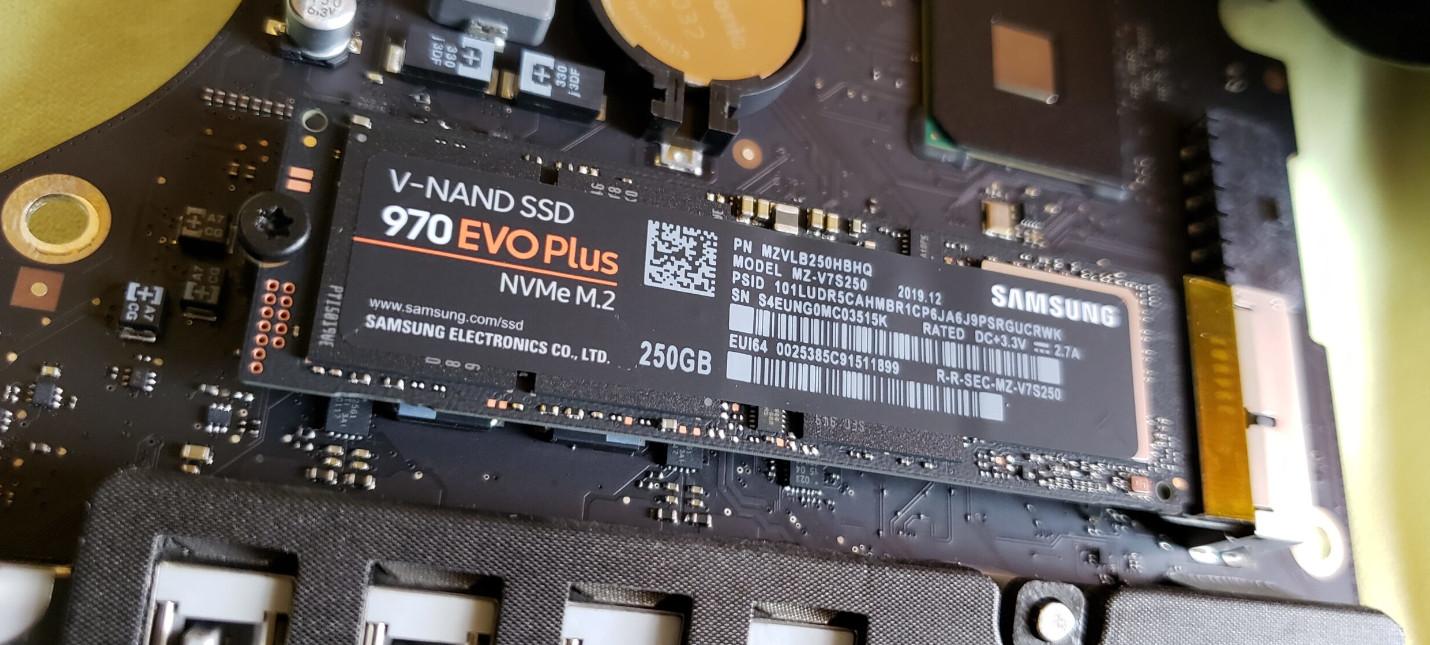 Ритейлеры начали отказывать в гарантии на SSD из-за майнинга Chia
