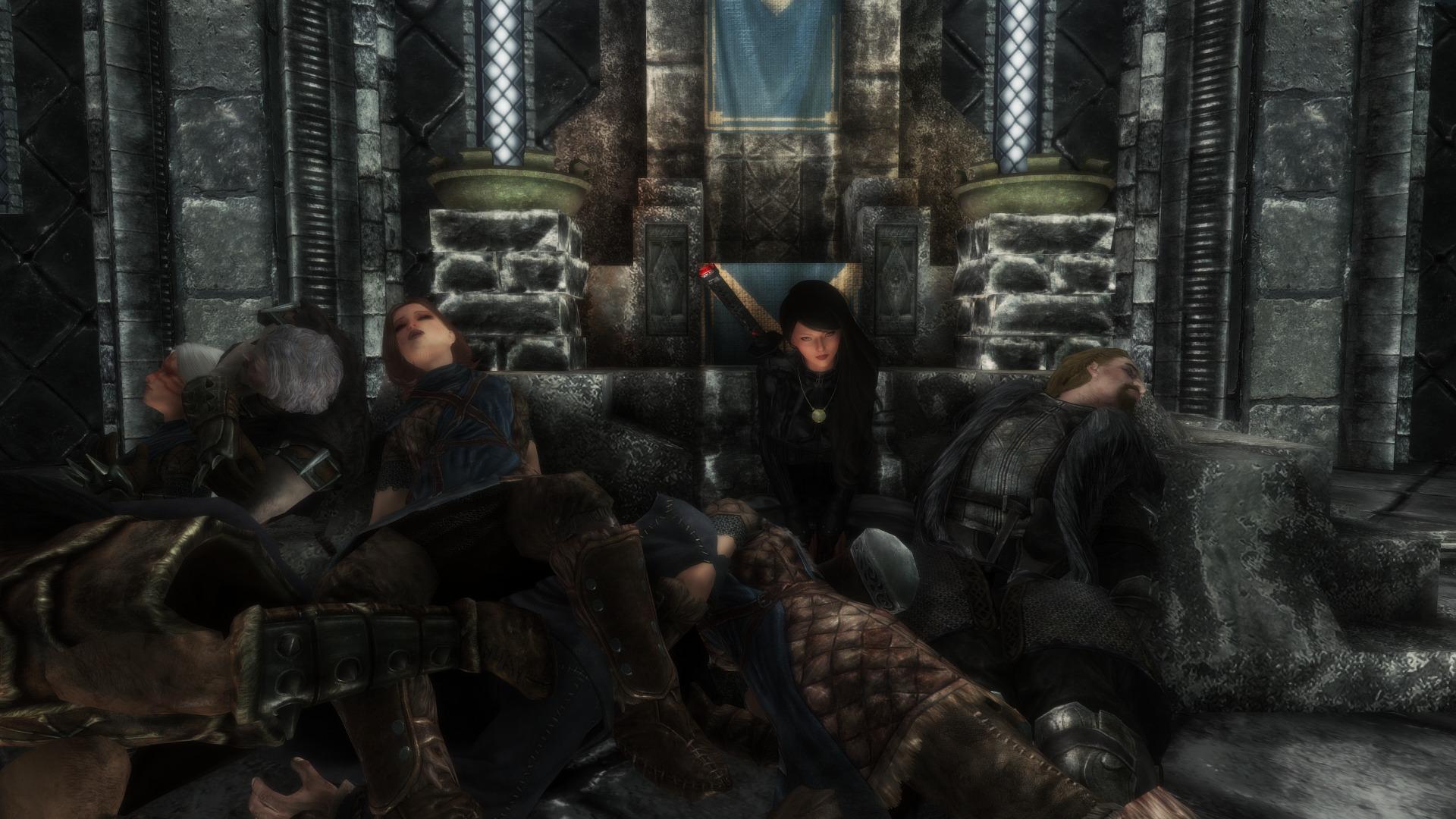 Игрок Skyrim превратил свою жену в Омни-вумен и убил всех NPC в Скайриме