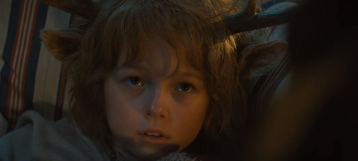Борьба за выживание в первом трейлере сериала Sweet Tooth мальчик с оленьими рогами