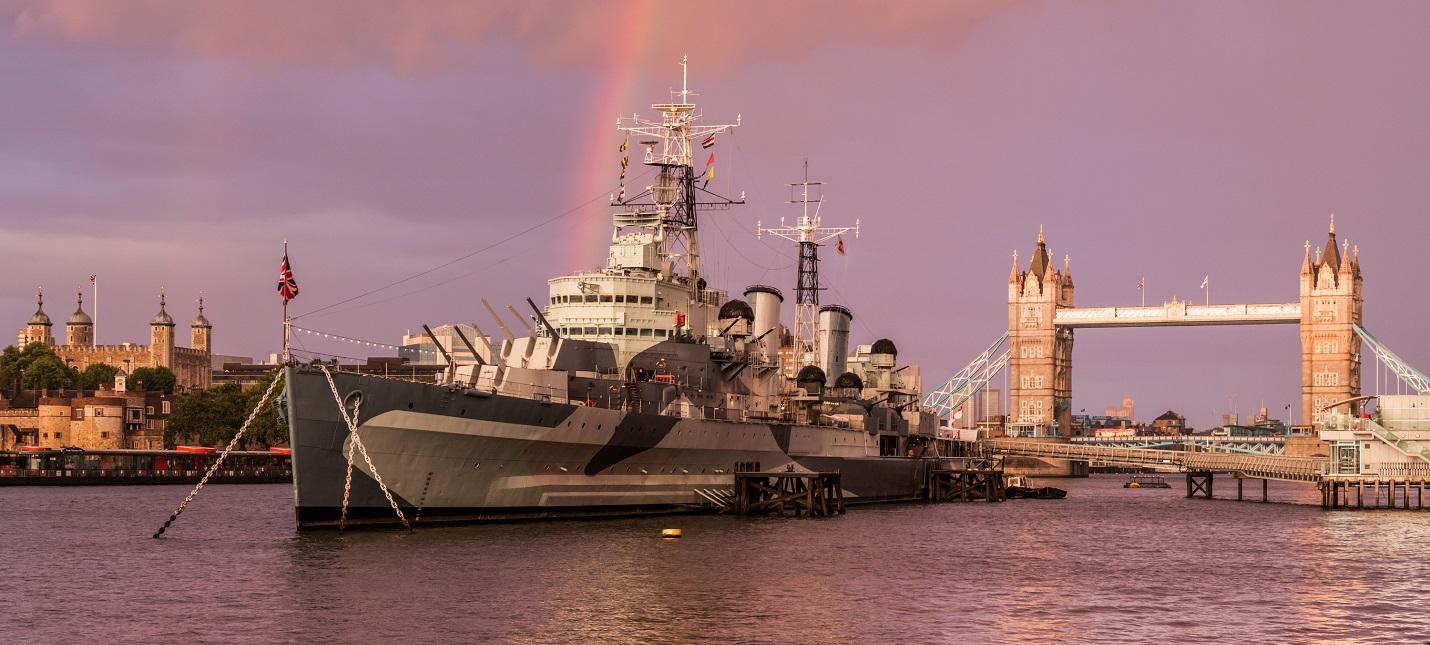 В World of Warships теперь можно сыграть на настоящем военном корабле