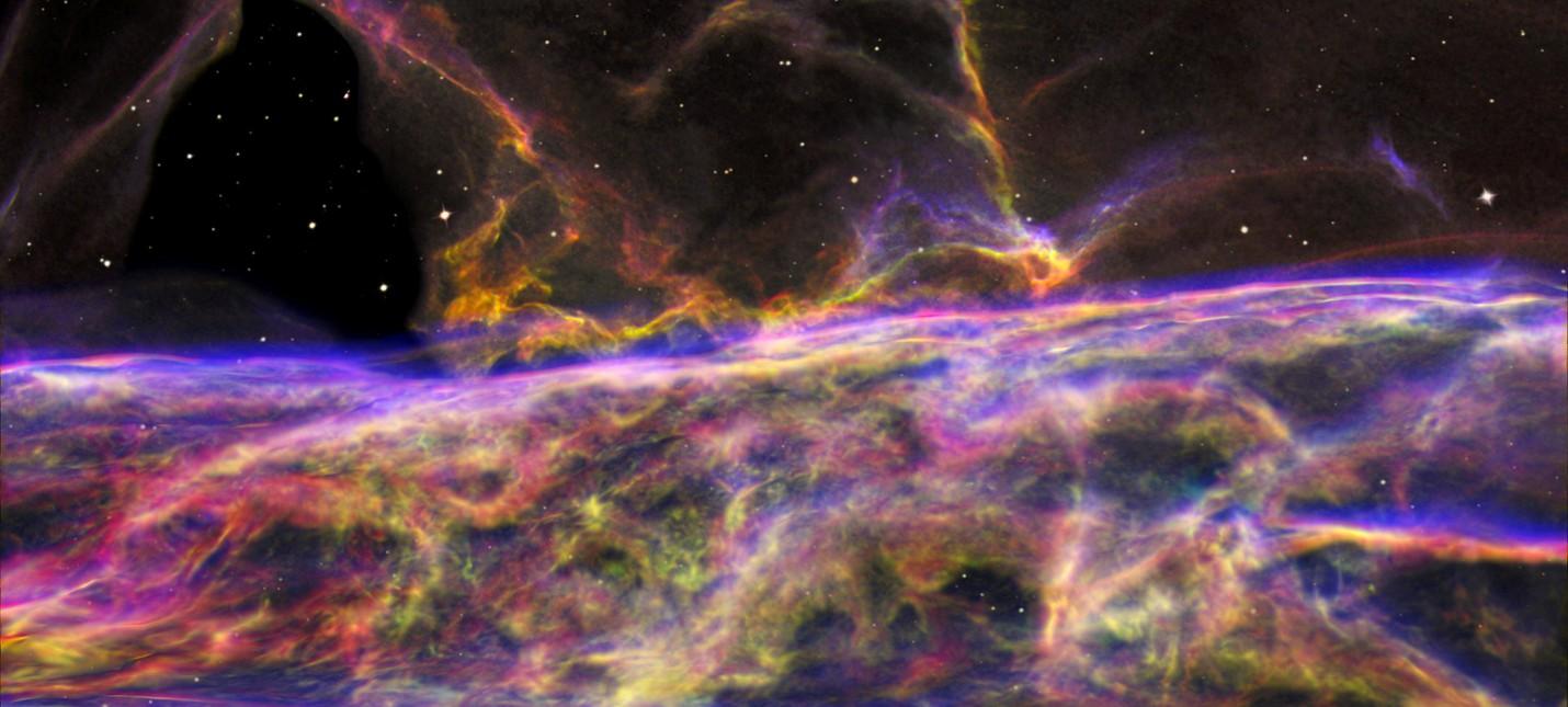 Туманность Вуали в объективе телескопа Hubble