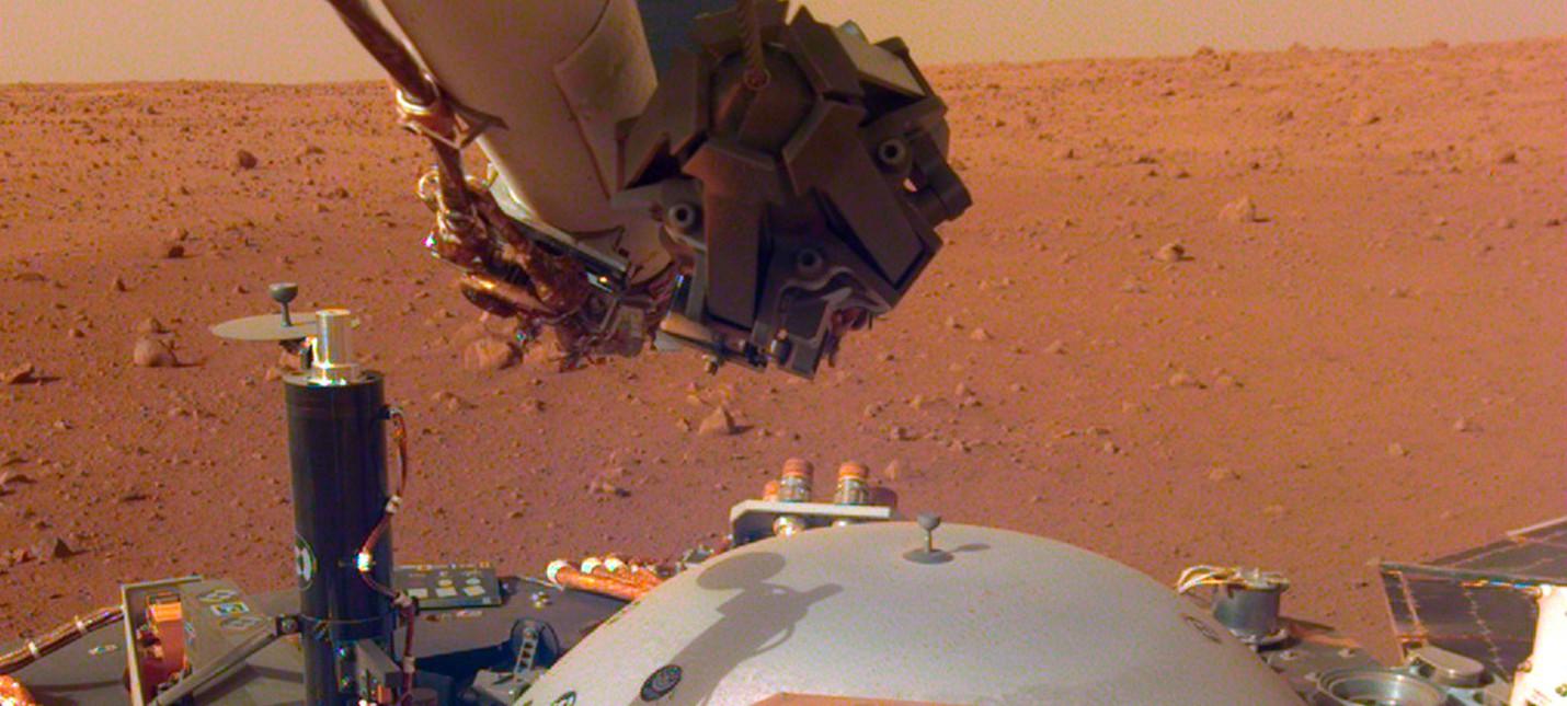 Марсианский аппарат NASA InSight готов к работе