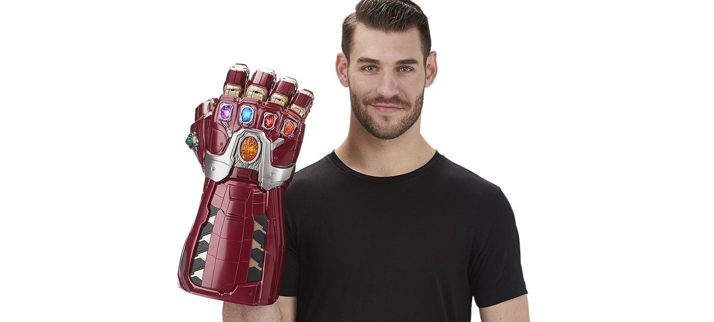 "Hasbro представила копию Перчатки бесконечности Тони Старка из ""Мстители: Финал"""""