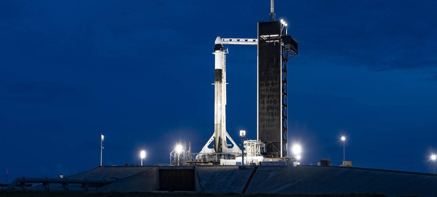 SpaceX успешно запустила 4 космических туристов на орбиту